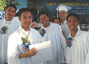 High school graduates of SSU in Catbalogan